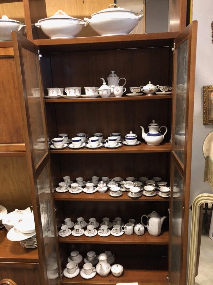 Vari servizi da caffè e da tè 1