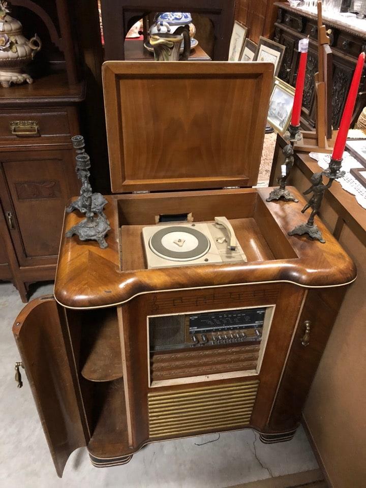 radio mobile con giradischi incorporato funzionante 2